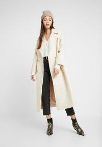 YAS - YASMARGIT LONG COAT - Zimní kabát - white swan - 1