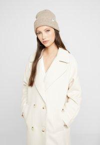 YAS - YASMARGIT LONG COAT - Zimní kabát - white swan - 3