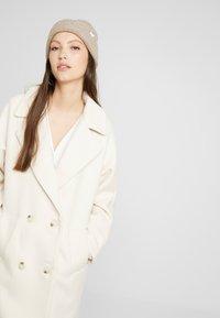 YAS - YASMARGIT LONG COAT - Zimní kabát - white swan - 4