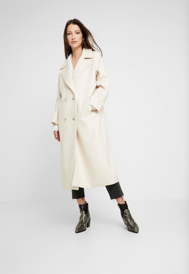 YAS - YASMARGIT LONG COAT - Classic coat - white swan