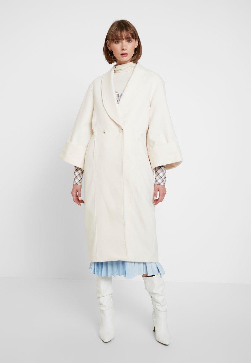 YAS - YASVERONIKA COAT - Classic coat - white swan
