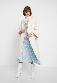 YAS - YASVERONIKA COAT - Classic coat - white swan - 1