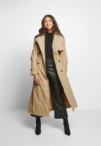 YAS - YASSHILEE  - Trenchcoat - pebble