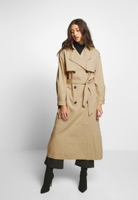YAS - YASSHILEE  - Trenchcoat - pebble - 0