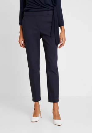 CELANA - Spodnie materiałowe - smart blue