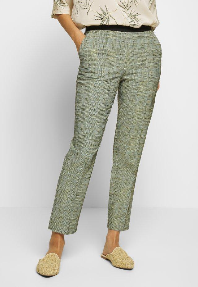 CHERA - Trousers - garden green
