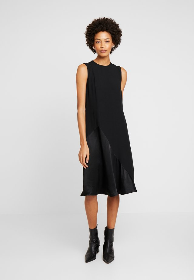 QUINO - Day dress - black