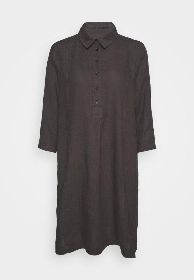 QUYNH - Shirt dress - blended olive