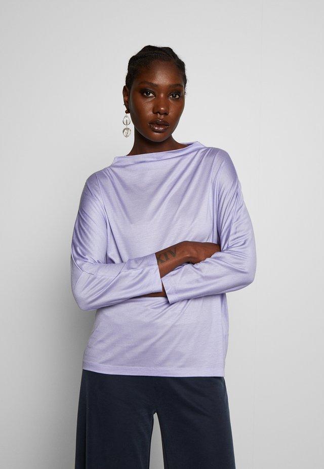 KOMTESS - Langærmede T-shirts - purple sky
