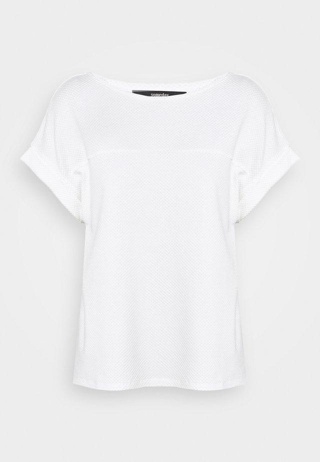 KAY - T-Shirt basic - milk