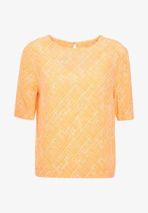ZHILIPP GEOMETRIC - Pusero - silky orange