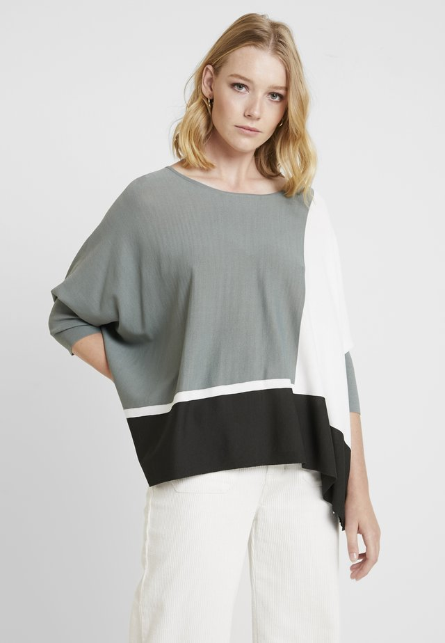TJELVA GRAFIC - Neule - grey/green