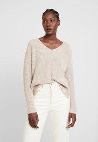 someday. - TRISH - Sweter - natural sand - 3