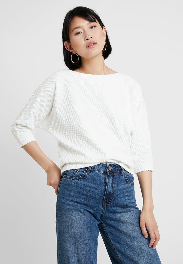 ULSA - Long sleeved top - milk