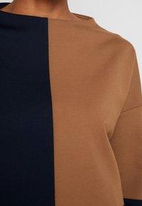 someday. - UKOMI - Langærmede T-shirts - bold blue - 4
