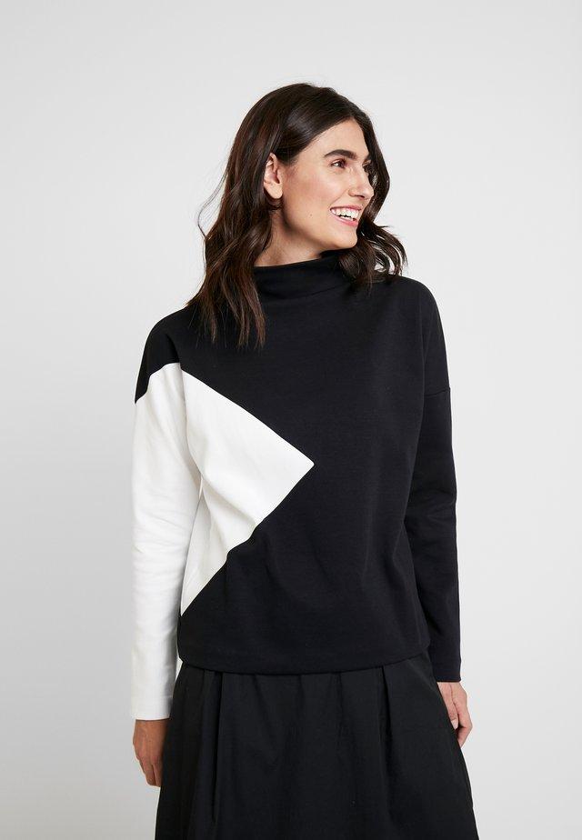 UMEGA - Pitkähihainen paita - black