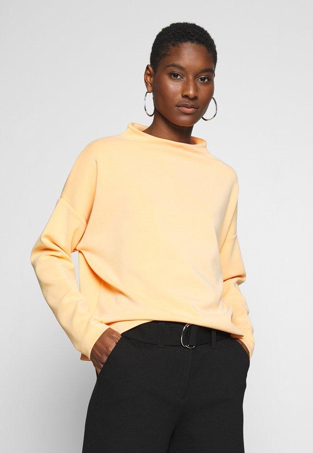 UPITA - Långärmad tröja - silky orange