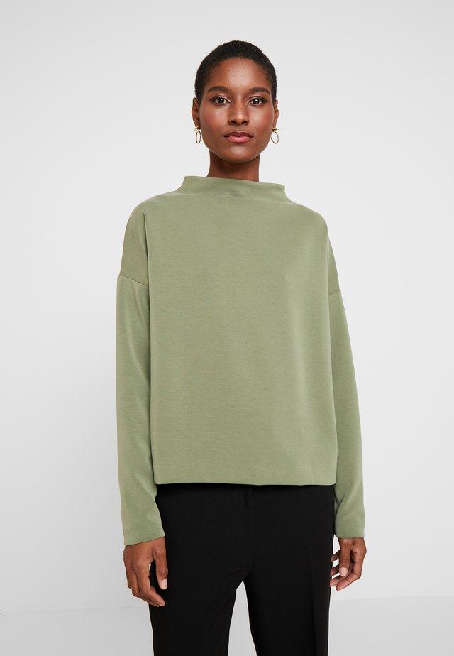 UPITA - Long sleeved top - garden green