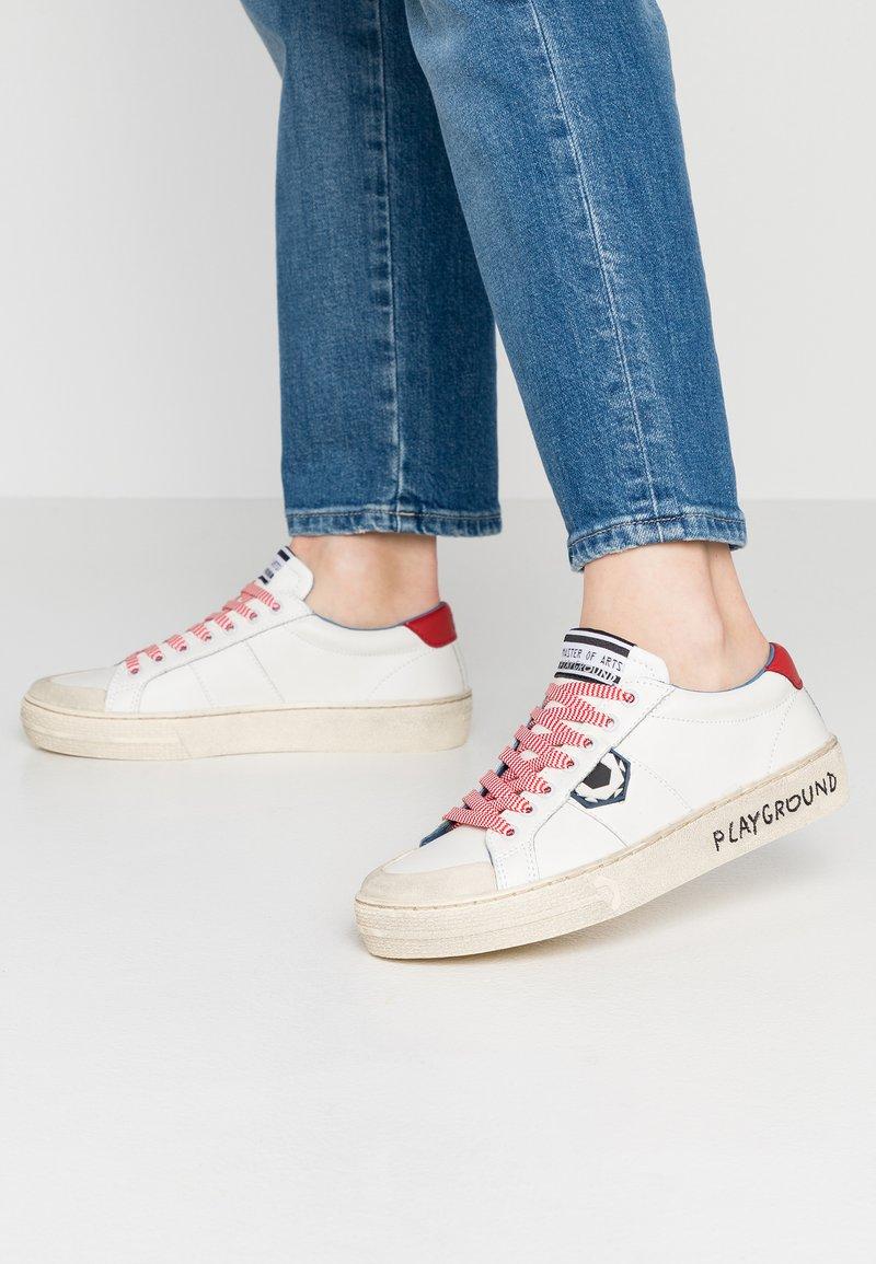 MOA - Master of Arts - Sneaker low - white