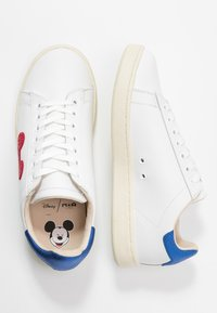 MOA - Master of Arts - GALLERY  - Trainers - white - 3