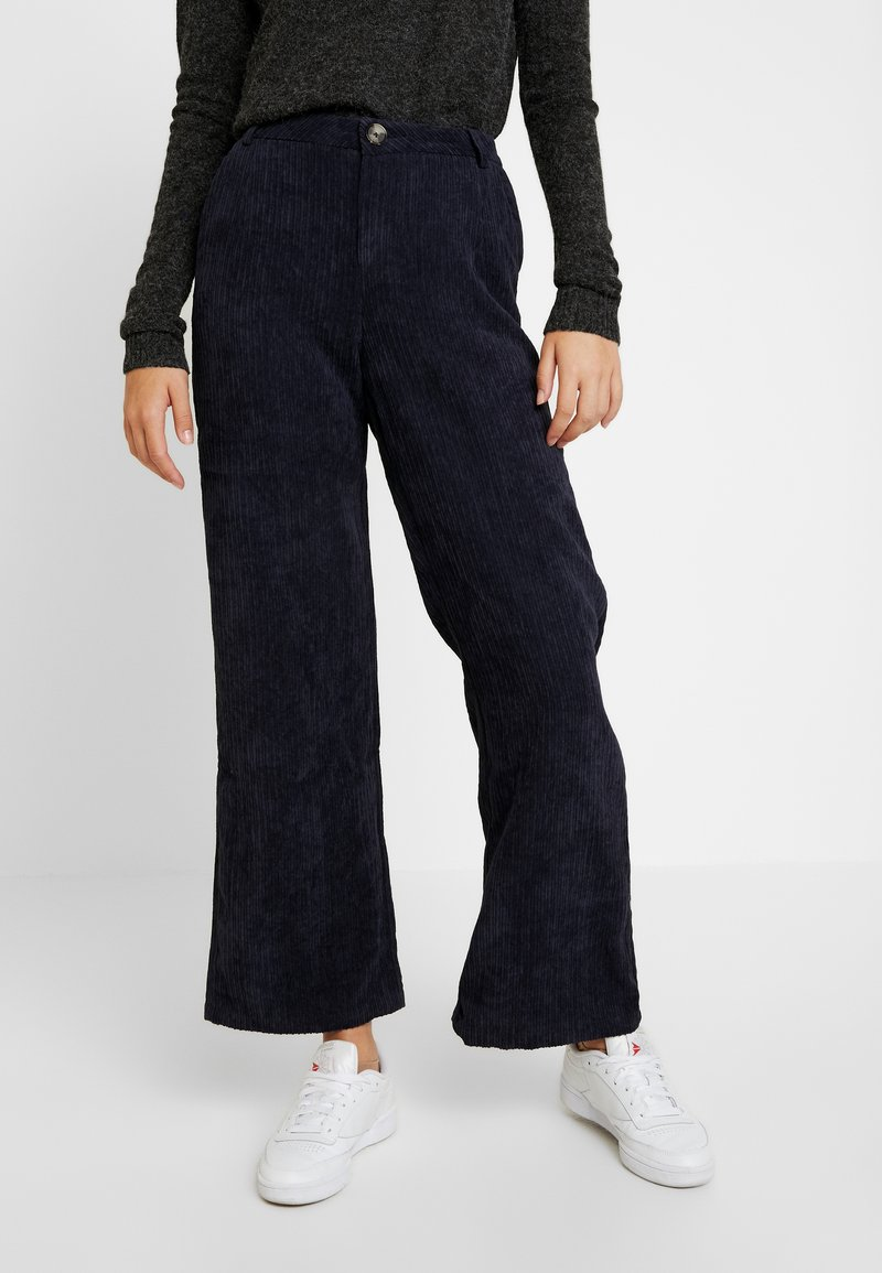 YAS Tall - YASSUSSI WIDE PANT - Trousers - dark sapphire