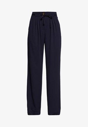 YASKIRRI PANTS  - Pantalon classique - evening blue