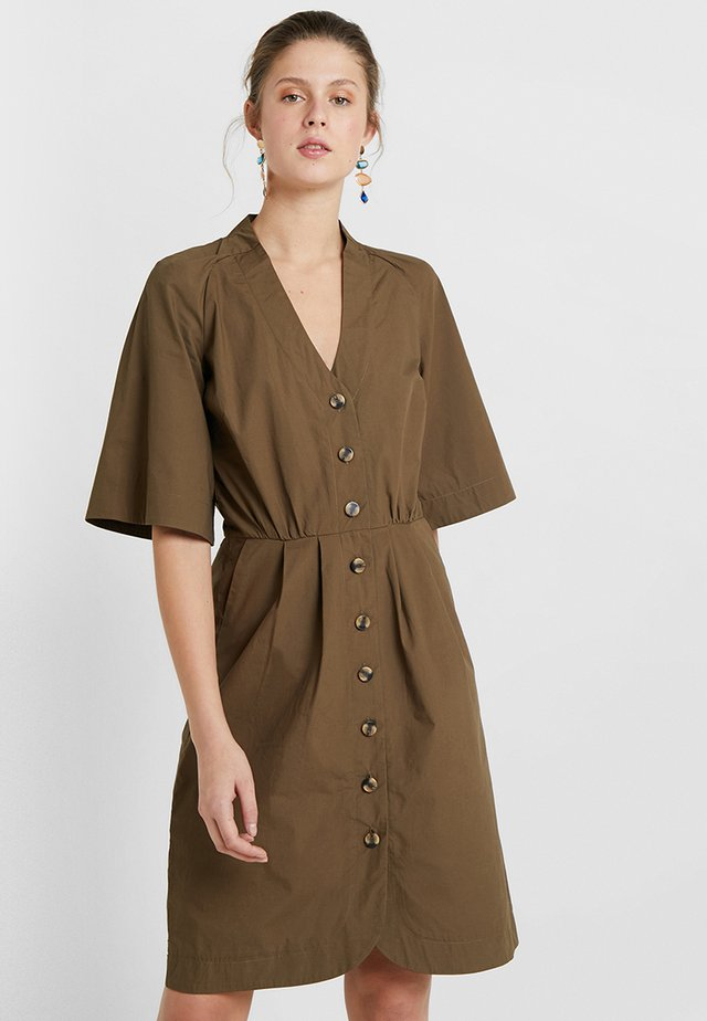 YASDAKOTA DRESS - Shirt dress - beech