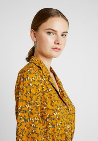YAS Tall - YASELLA MIDI DRESS - Shirt dress - buckthorn brown - 4