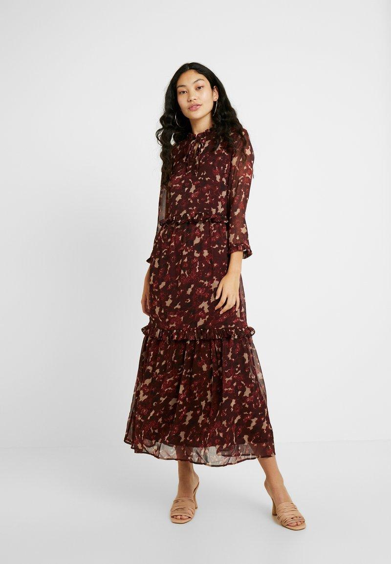YAS Tall - YASTIFFANI ANKLE DRESS  TALL - Vestido informal - syrah
