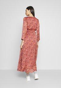 YAS Tall - YASCABANA LONG DRESS - Maxikleid - etruscan red - 2