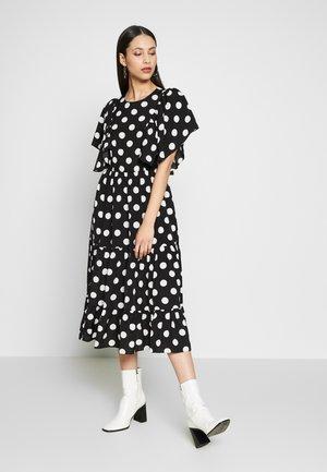 YASJANESSA DRESS - Kjole - black