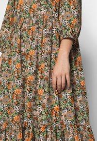YAS Tall - YASFLORALA 3/4 ANKLE DRESS - Vestido informal - coral pink - 5
