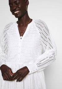 YAS Tall - YASSIA DRESS - Blusenkleid - star white - 4