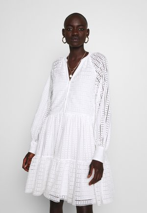 YASSIA DRESS - Vestido camisero - star white