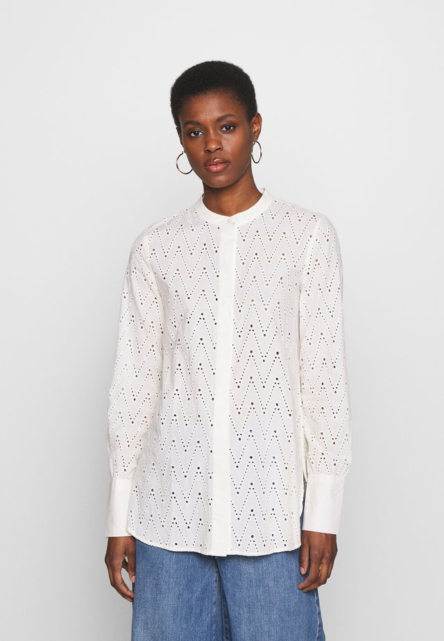 YASHELEN LS - Button-down blouse - eggnog