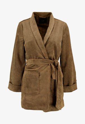 YASROYA - Krátký kabát - military olive