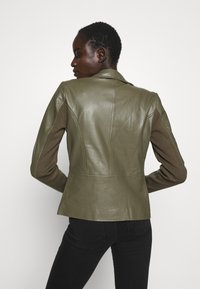 YAS Tall - YASSOPHIE JACKET - Leather jacket - beech - 2