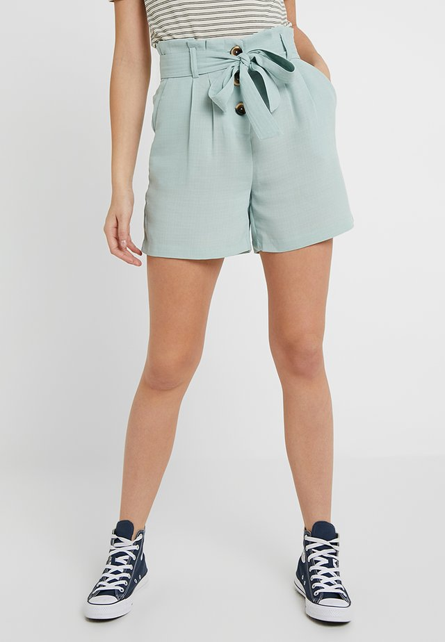 YASMARION TALL - Shorts - frosty green