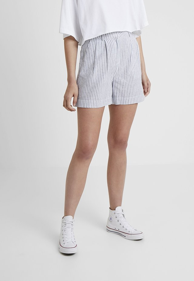 YASCOMO - Shorts - white