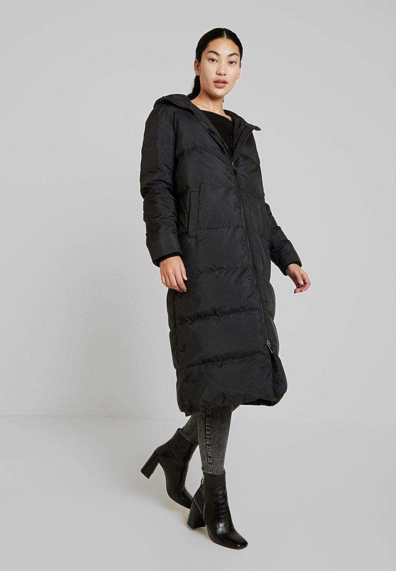 YAS Tall - YASPUFFA JACKET - Classic coat - black