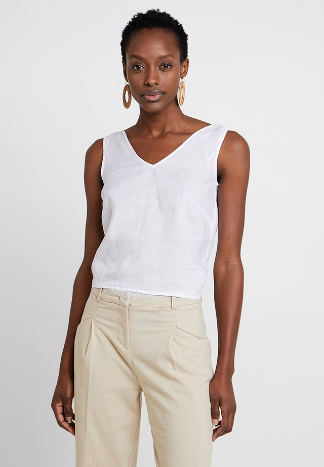SLEEVELESS V NECK - Toppi - off white