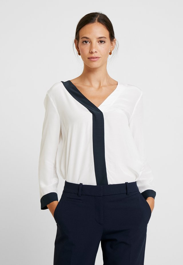 CONTRAST DETAILED SHIRT - Blouse - off white