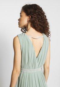 YAS Petite - YASTIANA DRESS - Galajurk - frosty green - 5