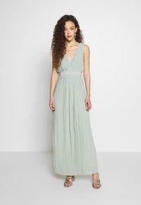 YAS Petite - YASTIANA DRESS - Galajurk - frosty green - 0