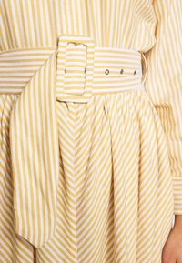YAS Petite - YASEMBER SHIRT DRESS PETITE - Shirt dress - golden rod/star white - 5