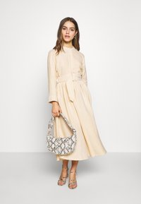 YAS Petite - YASEMBER SHIRT DRESS PETITE - Shirt dress - golden rod/star white - 2