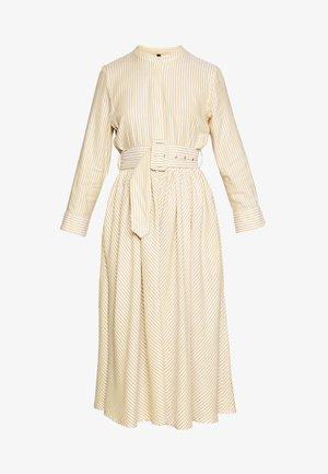 YASEMBER SHIRT DRESS PETITE - Shirt dress - golden rod/star white