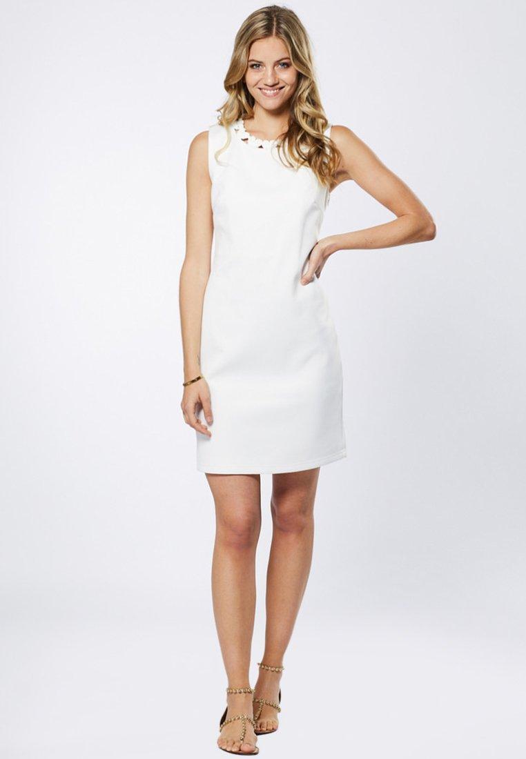 Young Couture by Barbara Schwarzer - Cocktailkleid/festliches Kleid - off-white
