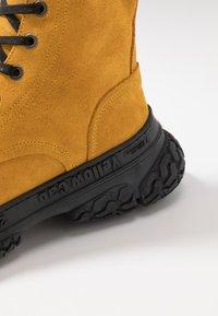 Yellow Cab - DAKOTA - Šněrovací kotníkové boty - yellow - 5