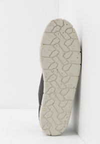 Yellow Cab - CHECK - Chaussures à lacets - black - 4